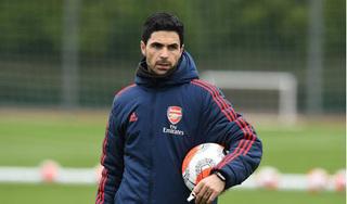 HLV Arsenal và cầu thủ Chelsea dương tính với Covid-19