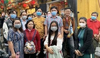 Yêu cầu người nước ngoài phải đeo khẩu trang tại nơi công cộng