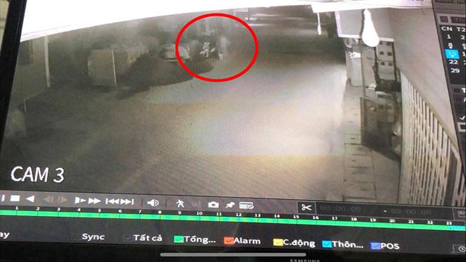 Hé lộ hình ảnh 2 đối tượng phóng hỏa khiến 3 người trong một gia đình tử vong