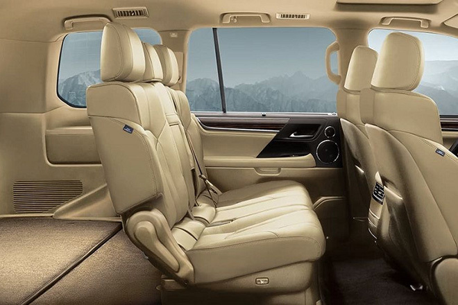 Soi chi tiết Lexus LX570 giá hơn 9,3 tỷ đồng tại Việt Nam6