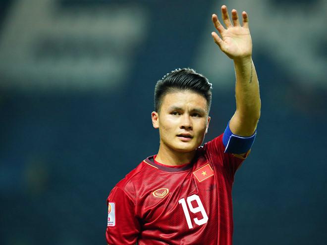 Quang Hải cán cột mốc 100 trận đấu ở V.League trong sự nghiệp ở tuổi 23