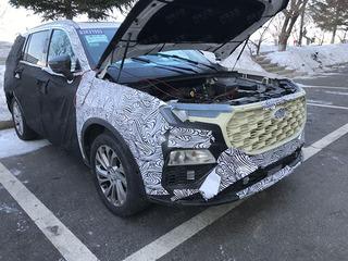 Ford Everest thế hệ mới lộ diện, nhiều trang bị cao cấp như xe sang