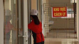 Nam Định cách ly 1 người phụ nữ cùng chuyến bay với khách nhiễm Covid-19