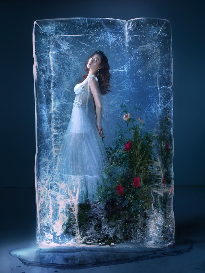 Diễn viên Phương Oanh đẹp kiêu sa trong concept ảnh độc đáo11