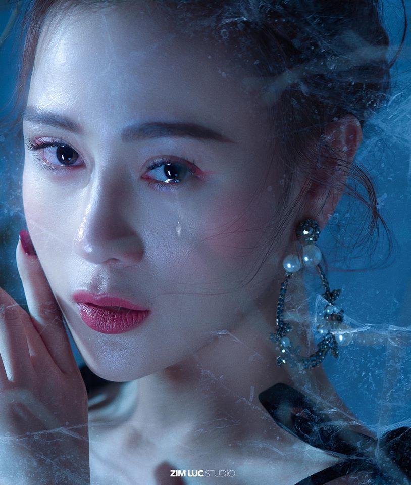 Diễn viên Phương Oanh đẹp kiêu sa trong concept ảnh độc đáo9