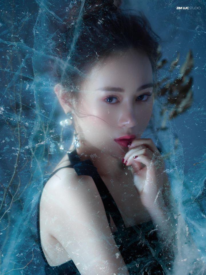 Diễn viên Phương Oanh đẹp kiêu sa trong concept ảnh độc đáo10