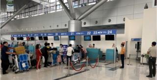 Gần 600 người hết hạn cách ly được vận chuyển miễn phí về Hà Nội và TP HCM