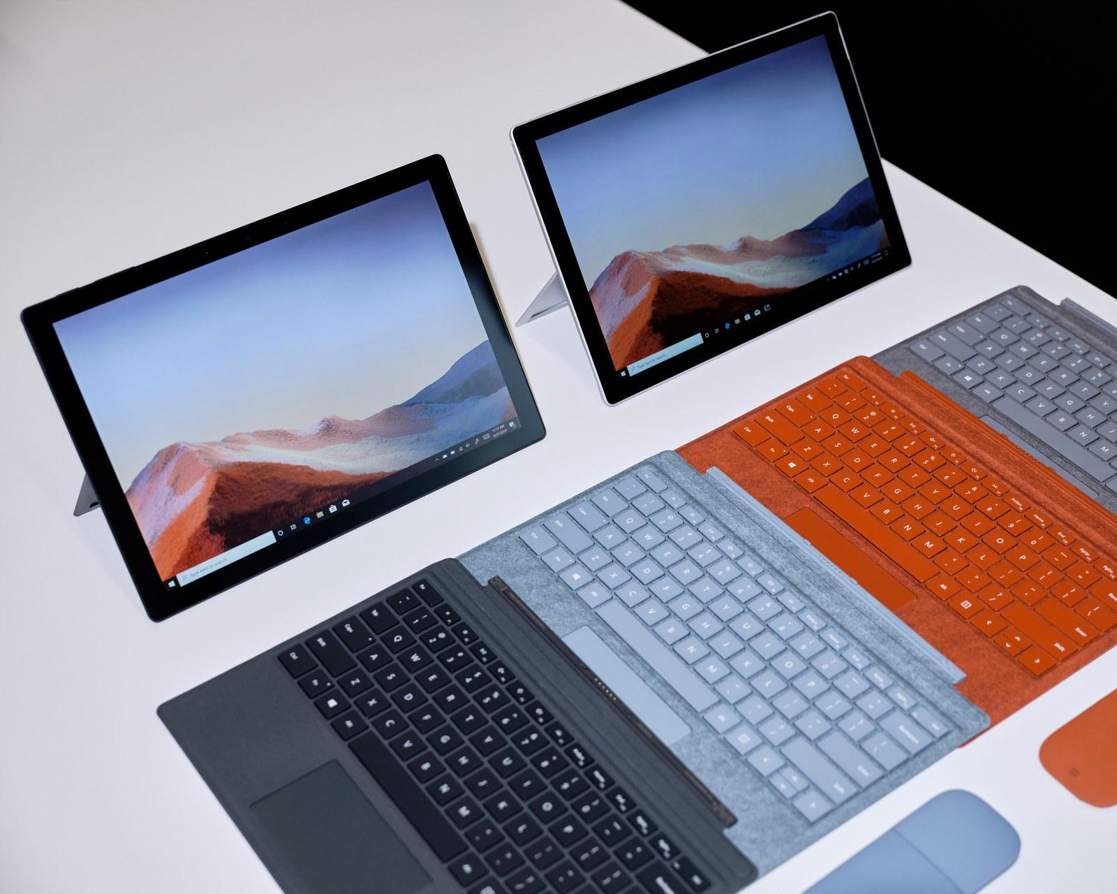 Laptop văn phòng Microsoft Surface