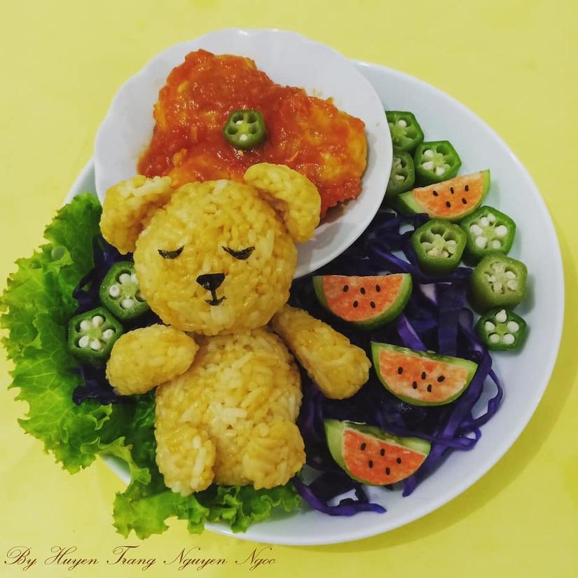 Mẹ Việt ở Indonesia trang trí đĩa thức ăn đẹp giúp con mê tít18