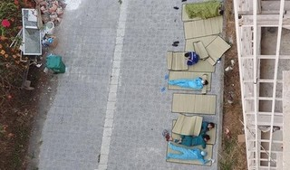 Bức ảnh giấc ngủ ngoài trời của những người chống dịch Covid-19 lay động triệu trái tim