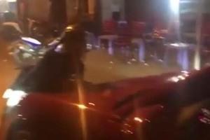 Tài xế xe sang tông thẳng vào CSCĐ để tẩu thoát
