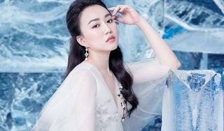 Huỳnh Hồng Loan khoe vẻ đẹp hút hồn tựa 'công chúa băng giá'
