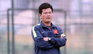 HLV Nguyễn Văn Sỹ: 'Nếu đá không có khán giả, nên dừng giải đấu'