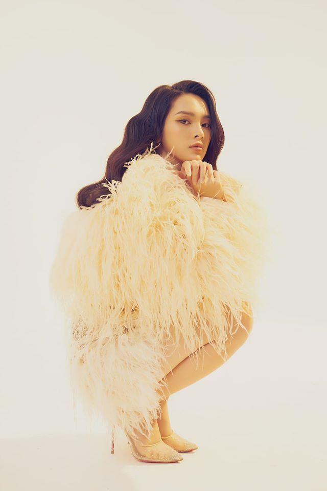 Người mẫu Quỳnh Lương khoe vẻ đẹp không tì vết trong bộ ảnh mới lạ3
