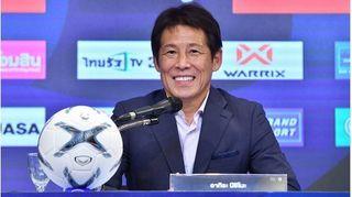 Chủ tịch LĐBĐ Thái Lan: 'Tôi không ngăn HLV Akira về Nhật Bản'