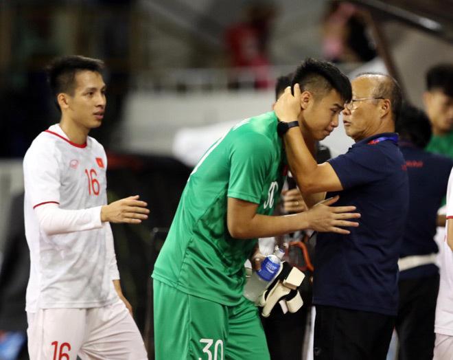 CLB Buriram có ý định chiêu mộ thủ môn Văn Toản