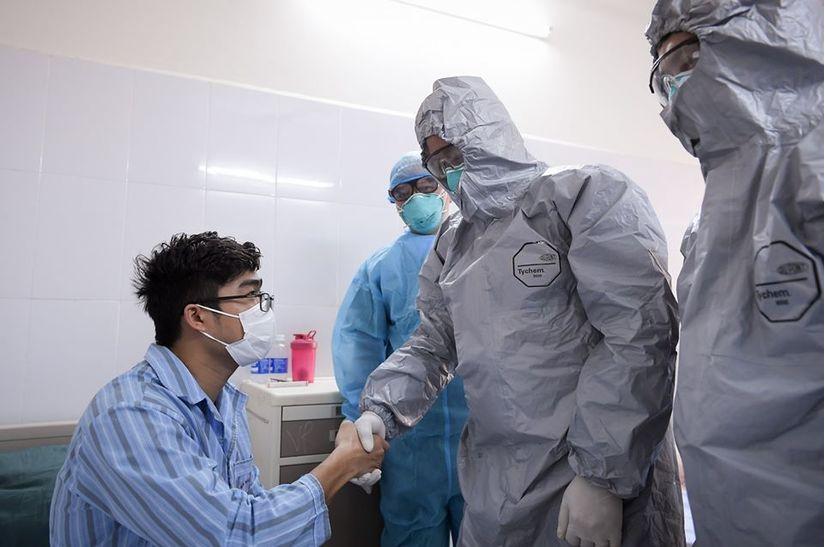 Việt Nam có thêm 11 bệnh nhân nhiễm Covid-19 khỏi bệnh trong đó có 1 người của công ty Trường Sinh 2