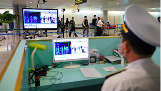 Sân bay Nội Bài ngừng đón người Việt Nam về nước trong 6 ngày