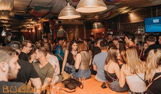 Đã xác minh được 155 người tham gia tiệc tại 'ổ dịch' quán bar Buddha