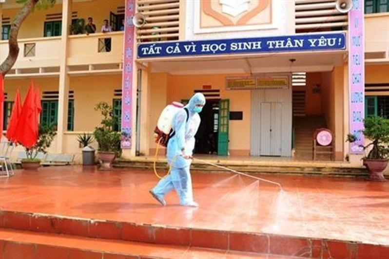 Nóng: Việt Nam có 1.643 ca nghi ngờ mắc Covid-19, hơn 44.000 người theo dõi y tế 2