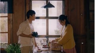 Bỏ lỡ nhau trong 'Mắt biếc', bộ đôi Hồng - Ngạn nên duyên trong MV mới