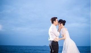 Lộ ảnh Trường Giang hôn Nhã Phương đắm đuối bên bờ biển