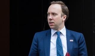 Sau Thủ tướng, Bộ trưởng Y tế Anh cũng dương tính với Covid-19