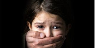 Con dâu đau đớn khi phát hiện ra hành vi đồi bại của bố chồng