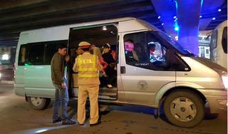 Dừng hoạt động xe hợp đồng, xe du lịch đến Hà Nội và TP HCM từ hôm nay