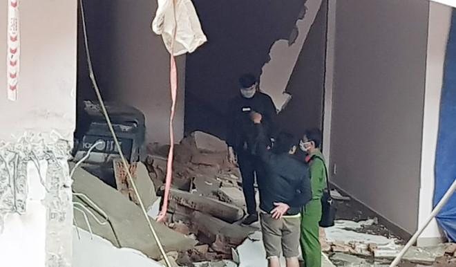 Bê tông đè chết tài xế xe múc trong tầng hầm rạp hát Quảng trường Lâm Viên