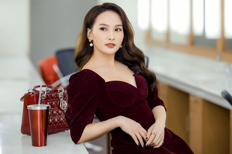 Bảo Thanh khoe giọng với nhạc phim 'Về nhà đi con' phiên bản thời Covid-19
