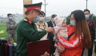 Nam Định trao chứng nhận hoàn thành thời gian cách ly cho 96 công dân
