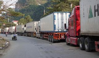 Hàng nghìn container hàng hóa ùn tắc tại cửa khẩu Lạng Sơn
