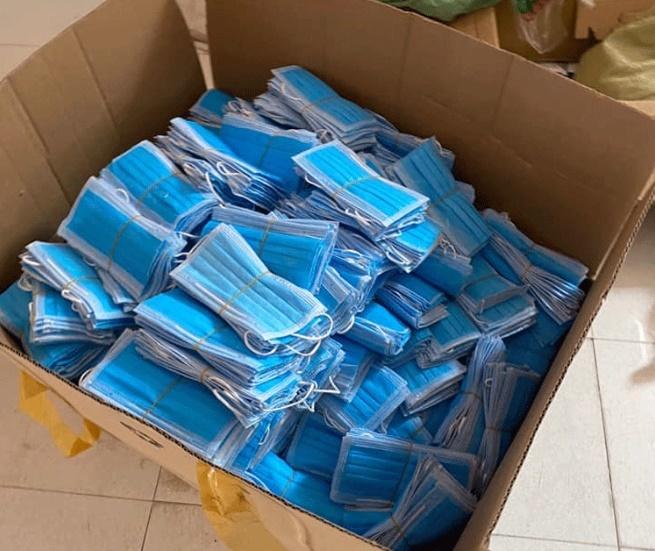 Bắt giữ hơn 255kg khẩu trang y tế được tái chế sắp đi tiêu thụ