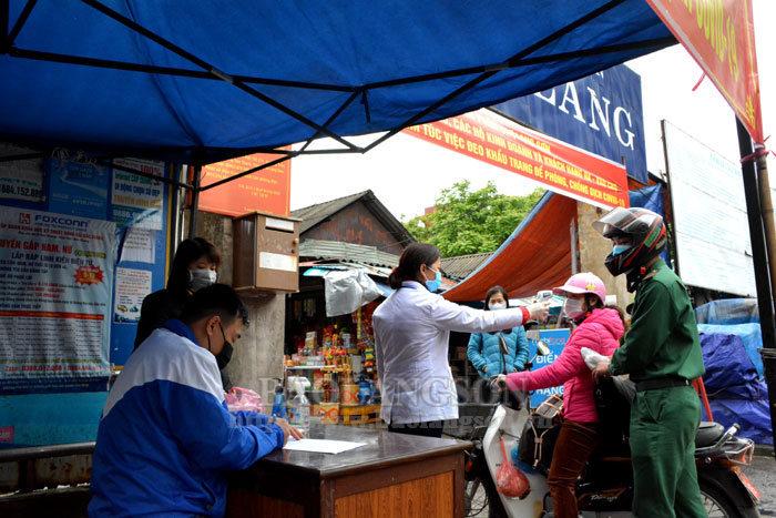 Thành phố Lạng Sơn lập chốt dã chiến kiểm dịch y tế tại 3 chợ đầu mối