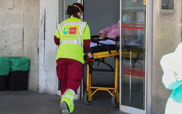 Tin tức thế giới 5/4, nạn nhân nhỏ tuổi nhất chết vì Covid-19 ở Anh