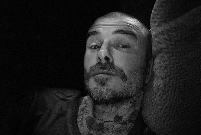 David Beckham cắt tóc nhằm kêu gọi chống dịch Covid-19
