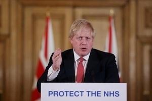 Thủ tướng Anh Boris Johnson nhập viện vì Covid-19