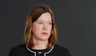 Tự ý ra ngoài khi đang cách ly, một quan chức Scotland mất chức