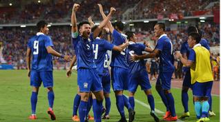 Bóng đá Thái Lan thu về số tiền khổng lồ từ bản quyền truyền hình