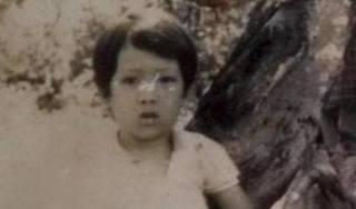 Trường Giang để lộ ảnh ấu thơ: Đẹp trai từ bé là có thật