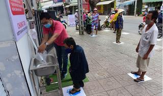 Chiếc máy 'ATM gạo' kì lạ giúp người nghèo vượt qua mùa Covid-19