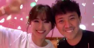 Trấn Thành - Hari Won song ca hát tiếng Hàn cực tình cảm khiến dân mạng phát hờn
