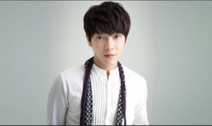 Ca sĩ đầu tiên của Hàn Quốc nhiễm Covid-19 lây bệnh cho 'gái bán hoa'