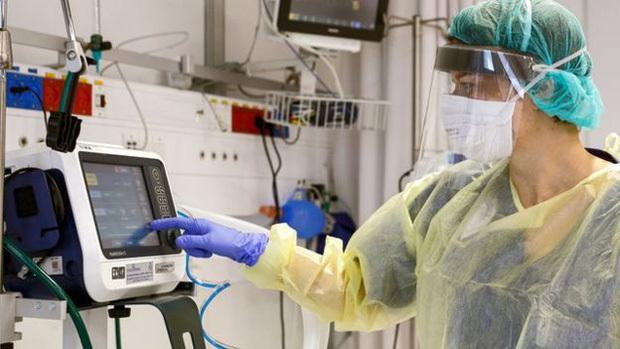 Máy trợ thở quan trọng như thế nào trong điều trị Covid-19?