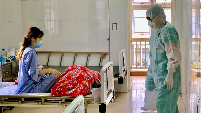 Nữ bệnh nhân Quảng Ninh dương tính trở lại với Covid-19