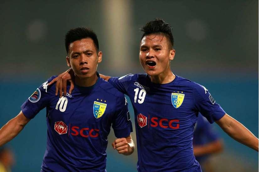 Văn Quyết là cầu thủ tấn công toàn diện nhất của bóng đá Việt Nam