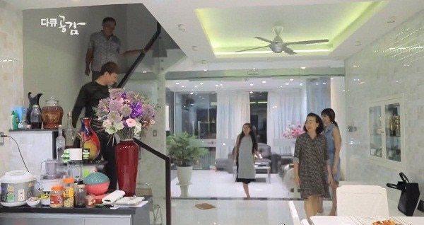 Choáng ngợp trước căn hộ 20 tỷ của vợ chồng Trấn Thành - Hari Won
