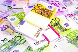 Tỷ giá euro hôm nay 15/9: Có 7 ngân hàng tăng nhẹ cả 2 chiều