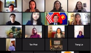 1000 công dân, du học sinh Việt Nam tại Mỹ đăng ký về nước